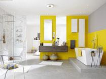 Le peintre en Vaunage a utilisé une couleur peinture jaune pour la salle de bain