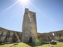 visita castillo montaner durante vacaciones en francia