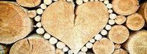 Brennholz mit HERZ