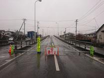 跨線橋通行止め