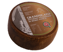 maremma sheep sheep's cheese dairy pecorino caseificio tuscany tuscan spadi follonica block 2700g 1.7kg italian origin milk italy matured aged antique granducato brown