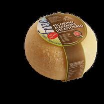 pecorino sheep sheep's lactose free cheese dairy caseificio tuscany tuscan spadi follonica block 600g 0.6kg italian origin milk italy fresh
