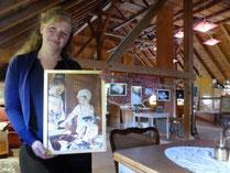 Für zahlreiche Bilder dienten Nicole Musch ihre Kinder als Motiv, die sich zum Beispiel in historischen Kleidern beim Backen in der Küche austoben durften. Foto: Andreas Bauer