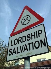 Obwohl das Konzept der heilsnotwendigen Herrschaft Jesu weit verbreitet ist, ist es falsch. https://www.freudenbotschaft.net/gnade-rettung-und-nachfolge/