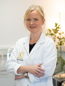 Dr Sarah Parkes at the Spine Clinic