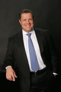 CEO Frantz Wallenborn is keen on expanding his company's international activities  /  source photos: Wallenborn Transports SA