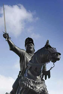 Owain Glyndwr Statue / courtesy of Photolibrary Wales