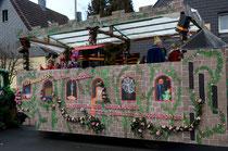 Bau des Karnevalwagens 2012