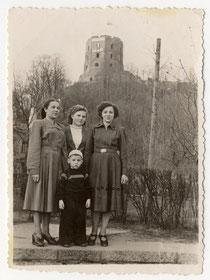Вильнюс Башня и Мы 6-IV-56 г.