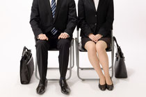就活、web面接、オンライン面接、服装、リクルートスーツ、