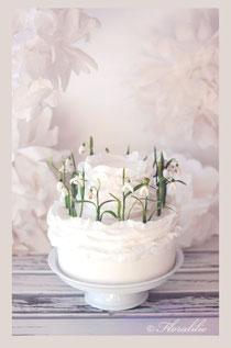 Snowdrops Cake