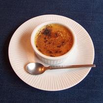 黒砂糖とシナモンのカスタード・ブリュレ