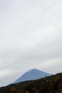 精進湖周辺を走行中、富士山が見えた!