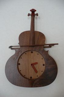 バイオリンの時計