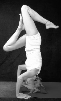 Shirshasana - Kopfstand - Bettina 2011