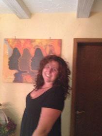 Das ist Lisa Dworschak, die mit mir die vierhändige Ayurveda- und Lomi-Lomi-Nui-Massagen durchführt.