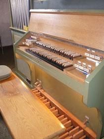 Orgel in Waldeck, Spieltisch