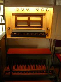 Orgel in Odershausen, Spieltisch