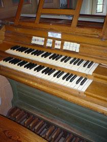 Orgel in Niederwerbe, Spieltisch