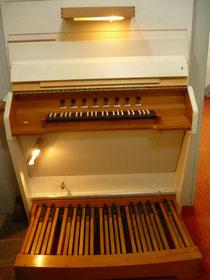 Orgel in Bergfreiheit, Spieltisch