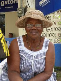 Diese Mama verkauft süße Kokosnusspaste