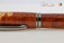 Gedrechselter Kugelschreiber aus Edelholz