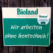 Biolandschild am Hoftor