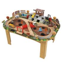 """Matériel de jeux en bois : Circuit pour enfants en bois """"Cars 3 Disney® Pixar Table et circuit Thunder Hollow"""" kidcraft. Circuit enfants en bois """"Cars 3 Disney® Pixar Table et circuit Thunder Hollow"""" de qualité et à acheter pas cher."""
