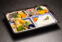 幕の内弁当 鶏てんぷら 1,000円(税込)