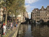 Amsterdam mit viel Sonne
