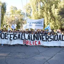 MARCHA DE LA UNCUYO - SESIÓN CONSEJO SUPERIOR (27/08/18)