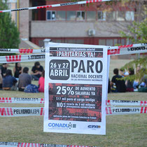 INTERVENCIONES Y CLASES PÚBLICAS FRENTE AL RECTORADO (26-04-18)