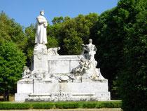 Petrarca-Monument in Arezzo / Toskana