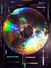CD in Oel gelegt und abgelichtet, mein erstes dig.Foto