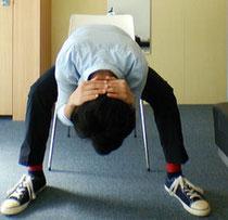 同じ姿勢の腰痛を治す方法