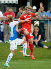 Moritz Bauer (GCZ) gegen Nicolas Schindelholz (Thun)