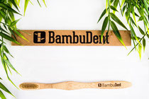 Nachhaltige plastikfrei Bambuszahnbürste von BambuDent