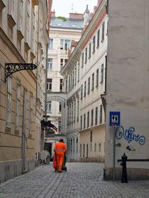 sauberes Wien Handarbeit