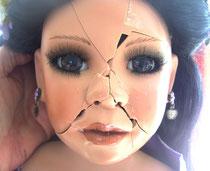 Künstler Porz.Puppe vor der Restauration