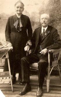 Urgroßeltern (Großvaters Eltern)                     Goldene Hochzeit