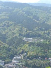 石垣山から見た入生田方面