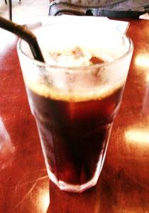 今日は喜豆と言う福井のコーヒー豆屋さんのアイスコーヒーねw夏はこれよね~っ♡