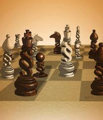 Schachbrett mit Figuren als Paragraphen