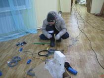 Весь кабель, по совету Якутских коллег, разматываем в помещении, так как на морозе он ломается
