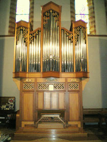Nuovo Organo inaugurato il 09/12/2000