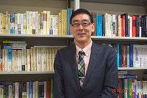 ビルマ研究者の根本敬氏(上智大学の研究室にて)