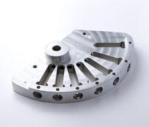 製品名:調整弁 加工機械名称:SLANT TURN28ATC M/C(マザック) 材質:7075-T6 アルミ