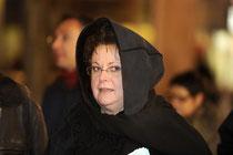 Christine en Pénitent de la semaine sainte... ou en pénitence ?