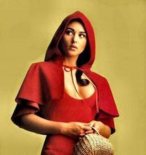 Monica en chaperon rouge