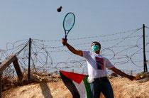 Tennis entre Israel et Palestine... C'est quand même un échange de balles !